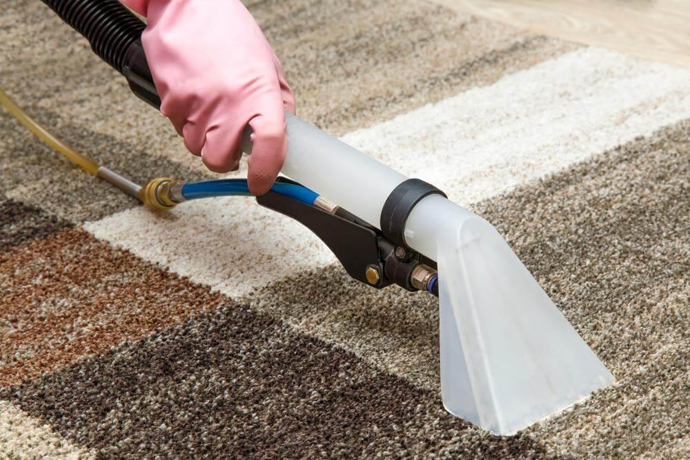 Професионално почистване и пране на подови настилки: килими, мокети в Добрич и Варна