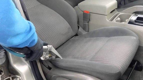Почистване и пране на тапицерия на седалки на автомобил,кола за град Варна, Добрич